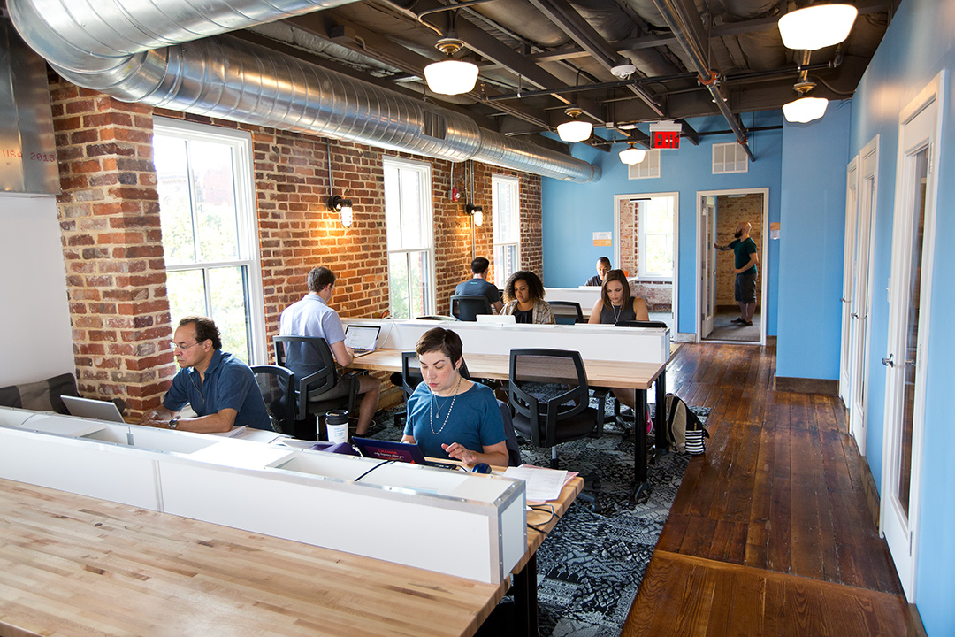 Top shared office spaces in your area for your business for Shared space design